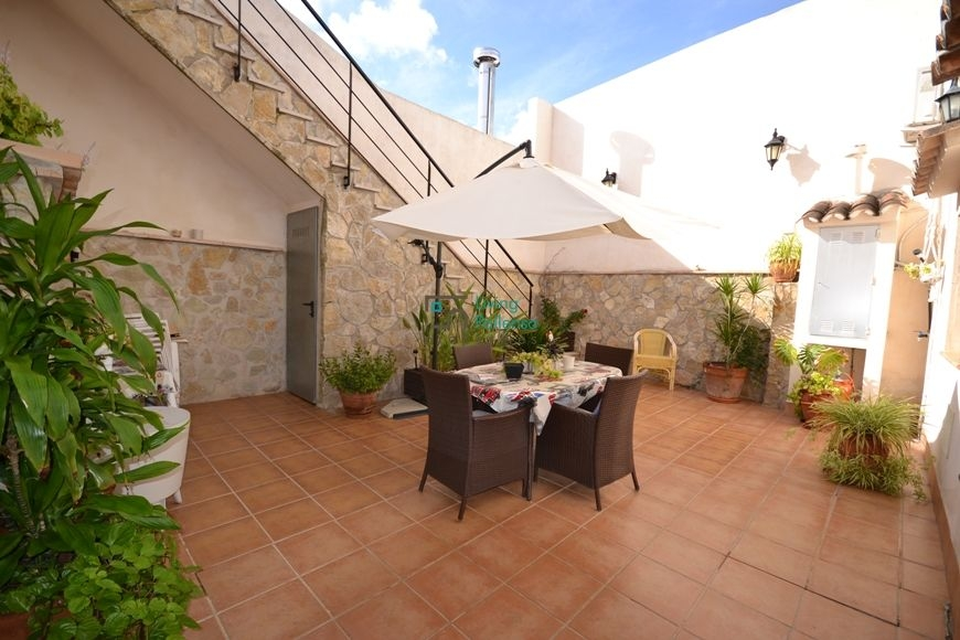 big-balearic-house-for-sale-and-rent-13-191020161476