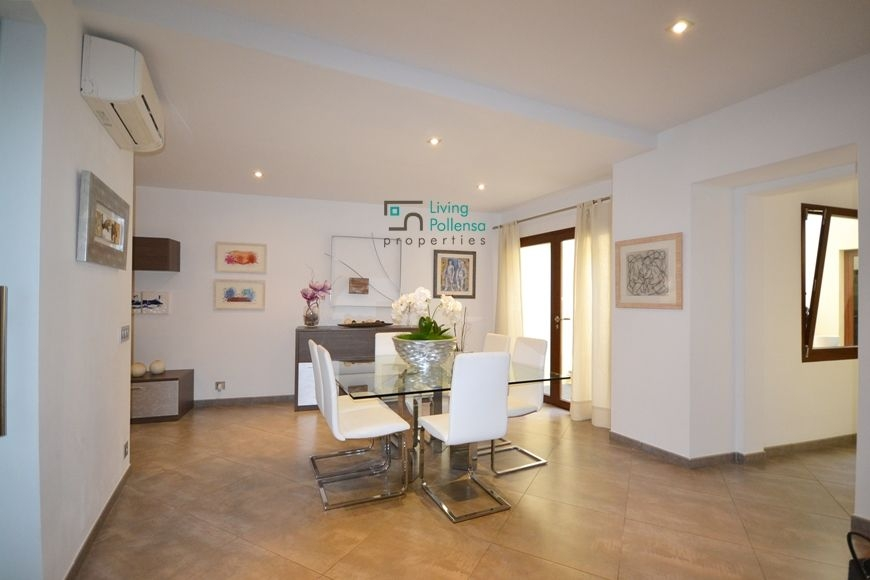 big-house-for-sale-pollensaliving-2-021120161478