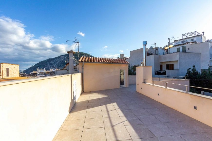 big-house-home-for-sale-living-pollensa-7-250620201593
