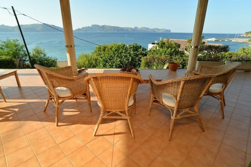 big-incredible-sea-views-villa-in-alcudia-10-170220171487