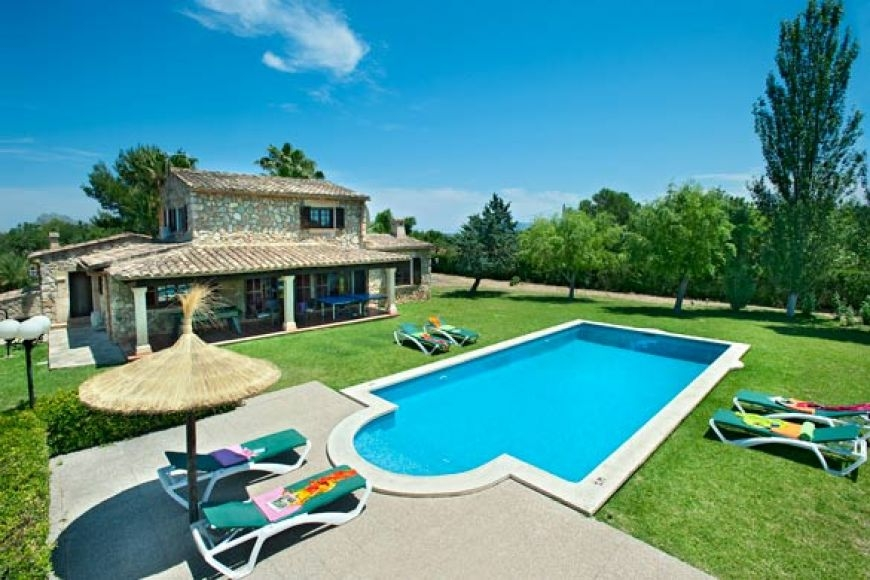 big-living-pollensa-villa-rentals-1-310820161472