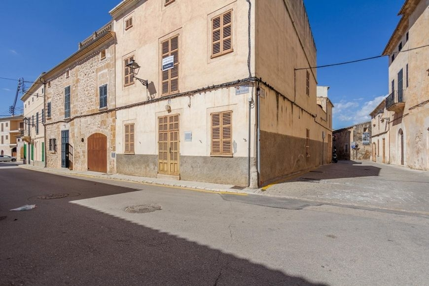 big-townhouse-casa-de-pueblo-muro-20-131120191573